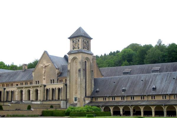 Les moines d'Orval s'emparent du trésor du Roi Louis XVI