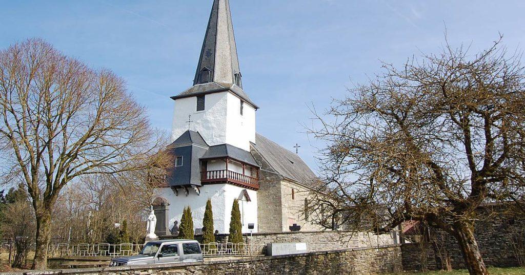 Les incroyables reliques de l'église de Beho